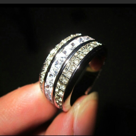 Boutique Jewelry - Stunning White Topaz Ring